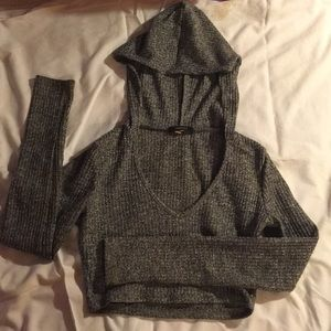 Forever 21 Tops - grey long sleeve forever 21 crop top (with hoodie)